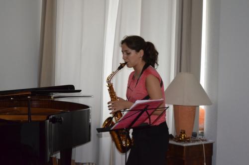 Asya Fateyeva, Saxophon