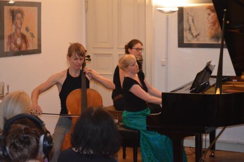 Dorothee Gurski, Cello und Natalia Ehwald, Klavier